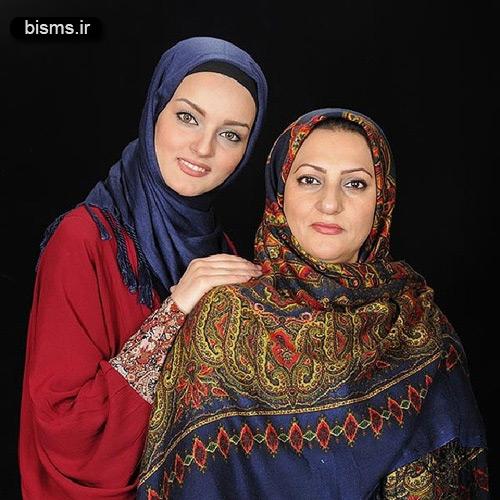 عکس نیلوفر پارسا و مادرش